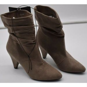 Forever 21 women's booties size 6 ankle boots shoe
